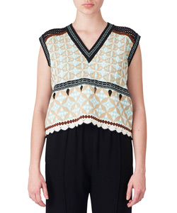 EYELET JACQUARD V-NECK SLEEVELESS KNIT