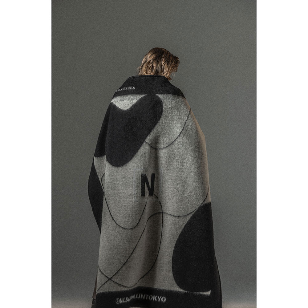 NDNU ABSTRACT ART BLANKET