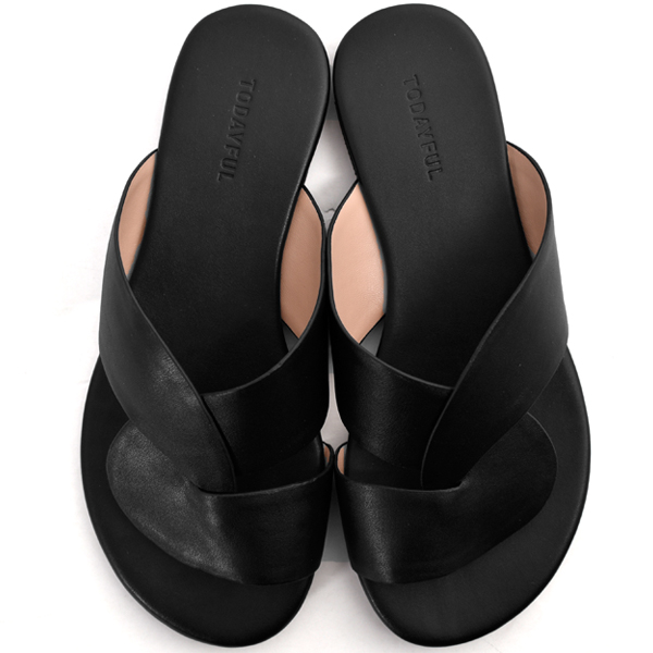 Leather Cross Sandals/BLACK