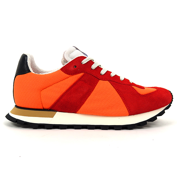 RETRO RUNNER SNEAKER/RED