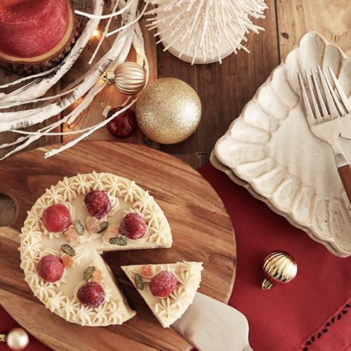 【送料無料】米粉といちごのクリスマスケーキ