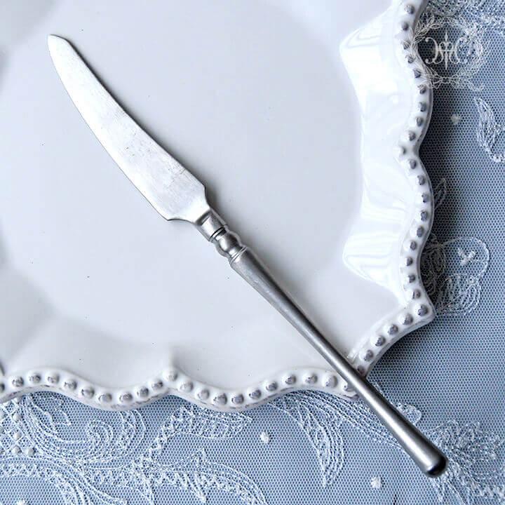 シルバーディナーナイフ