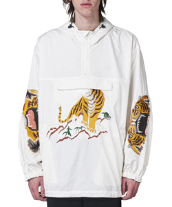 BITING EMBROIDERY ANORAK