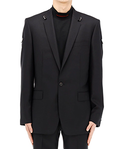 1B NOTCHED LAPEL JACKET WITH EARRINGS