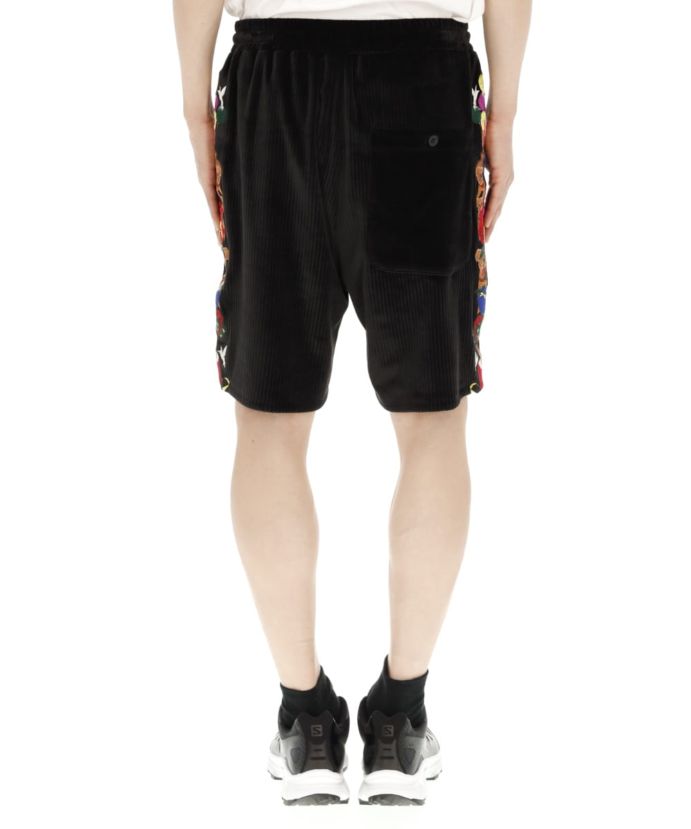 CHAOS EMBROIDERY COMFY SHORT PANTS