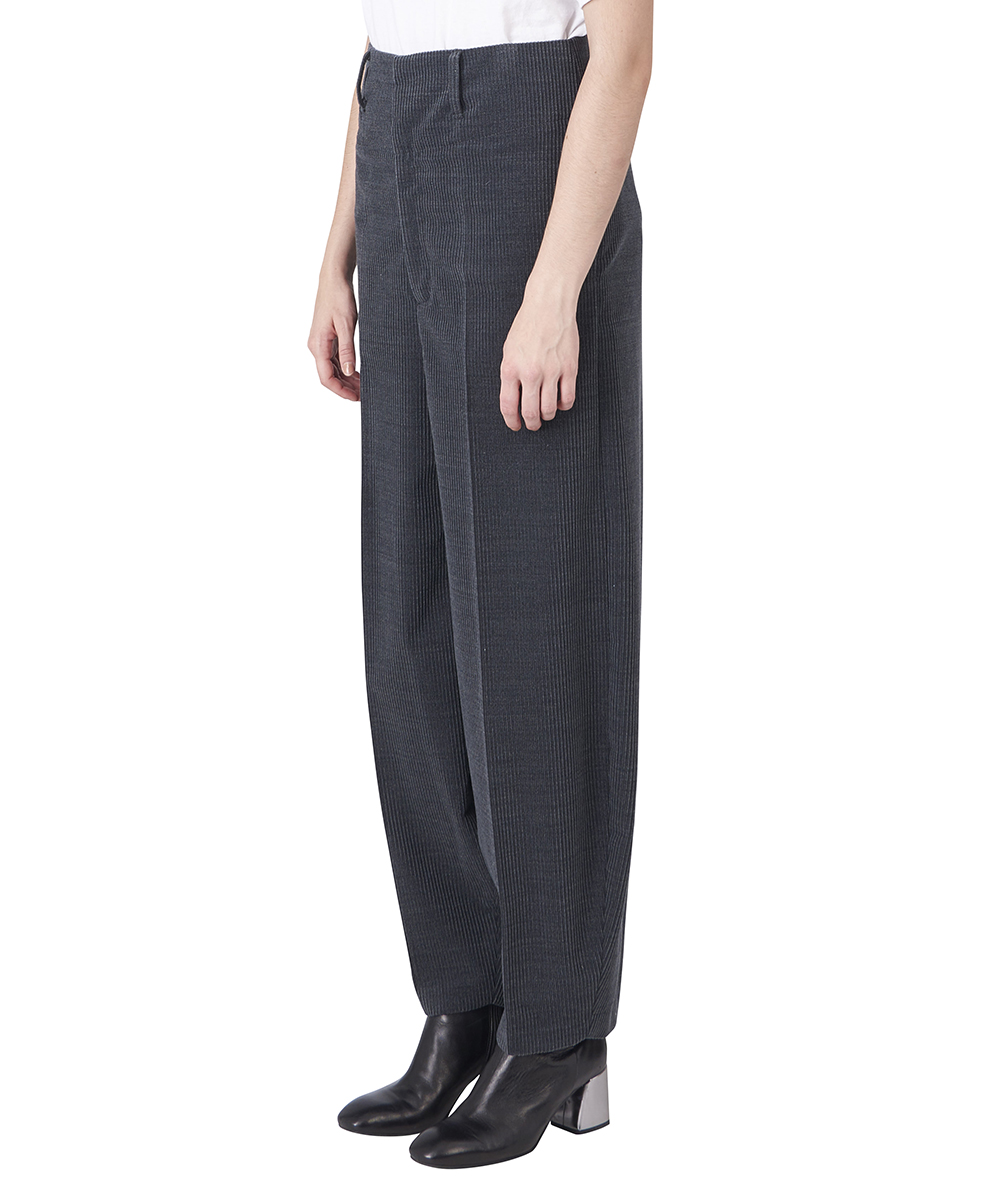 HIGH-WASTE TAPERED PANTS