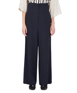 TROUSERS WITH LINES