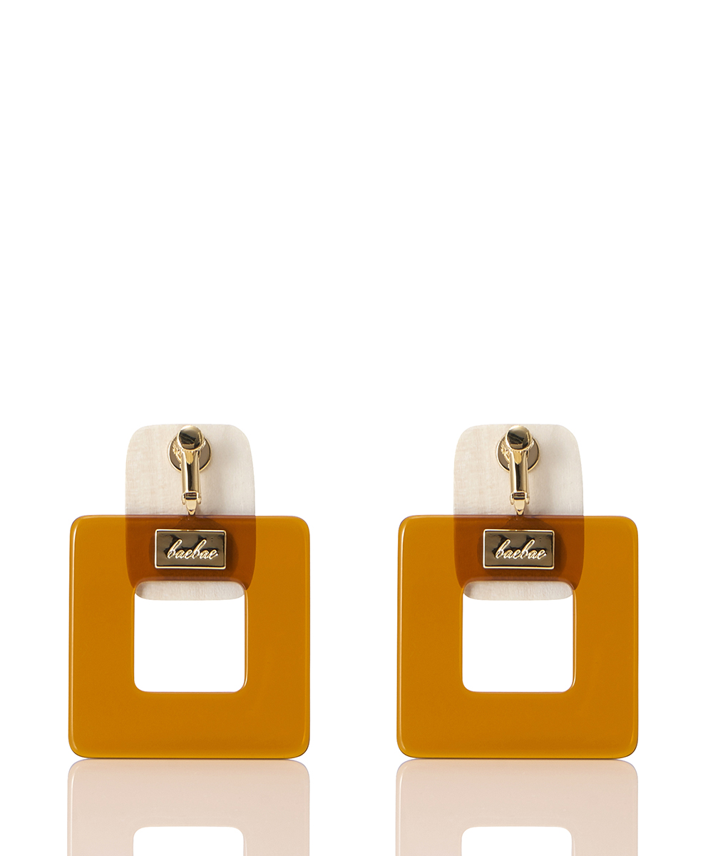 CLEAR SQUARE EARRING