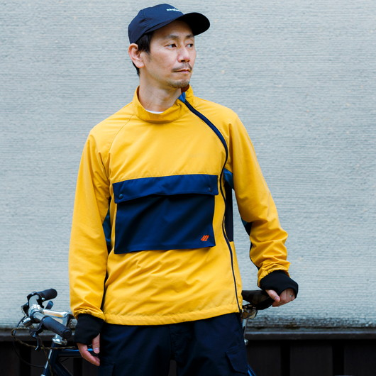 Stand-up collar cycle anorak