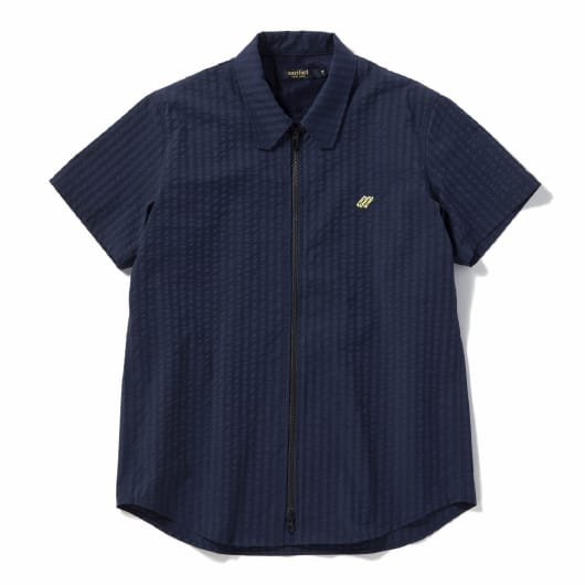 Zip front seersucker short sleeve shirt
