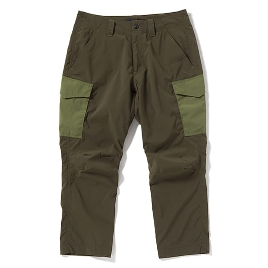 Light spunlike cargo cropped pants