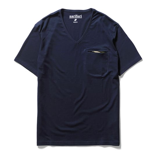 Technorama V-neck pocket T-shirt