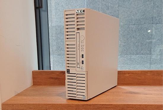 【即納 限定特価】NEC NP8100-2498YPBY Express5800/T110i-S 4C/E3-1220v6/8G/25/3HD/F/B-W2012R2