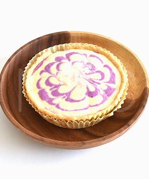 POCHI DELICATESSEN 【季節限定品】 お芋のレアチーズタルト 180g ◆クール便(冷凍)◆