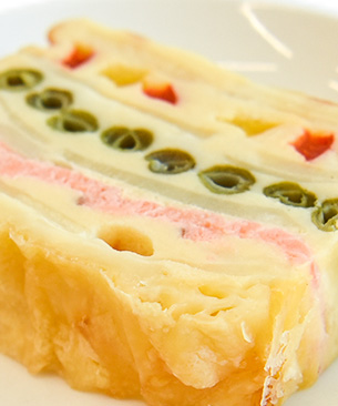 POCHI DELICATESSEN 【季節限定品】 サーモンと彩野菜のガトー・インビジブル ◆クール便(冷凍)◆