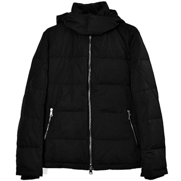 simple hooded down/black