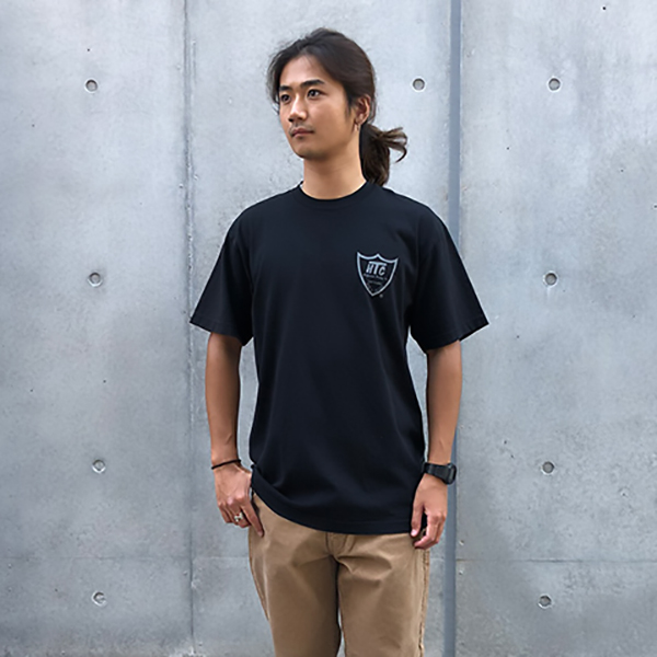 HTC × SD 20th Shield Logo T/BLACK