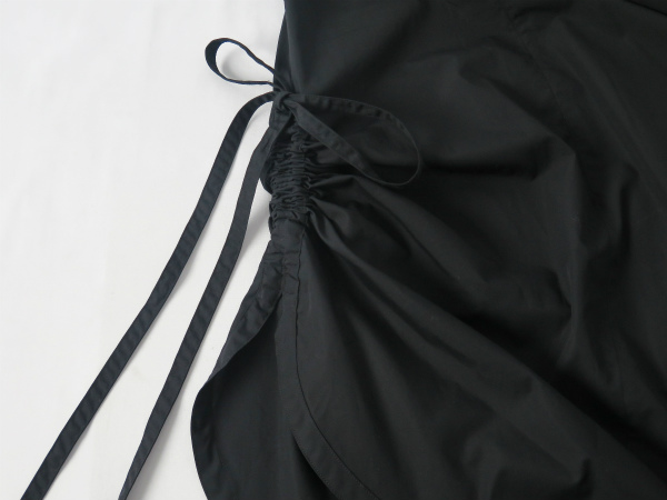 SIDE GAHTER BALLON ONE-PIECE/BLACK