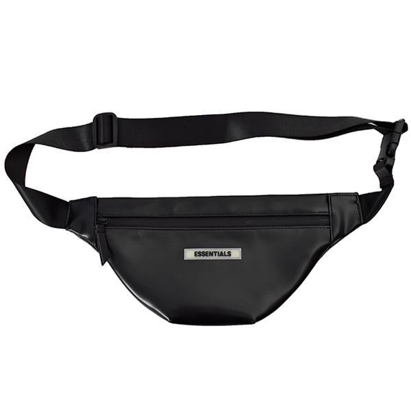 ESSENTIALS POUCH/BLACK