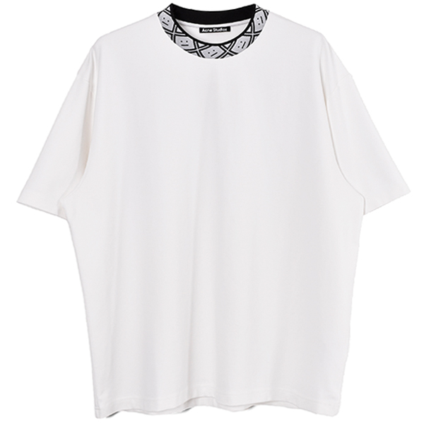 Face motif mock neck t-shirt/OPTIC WHITE