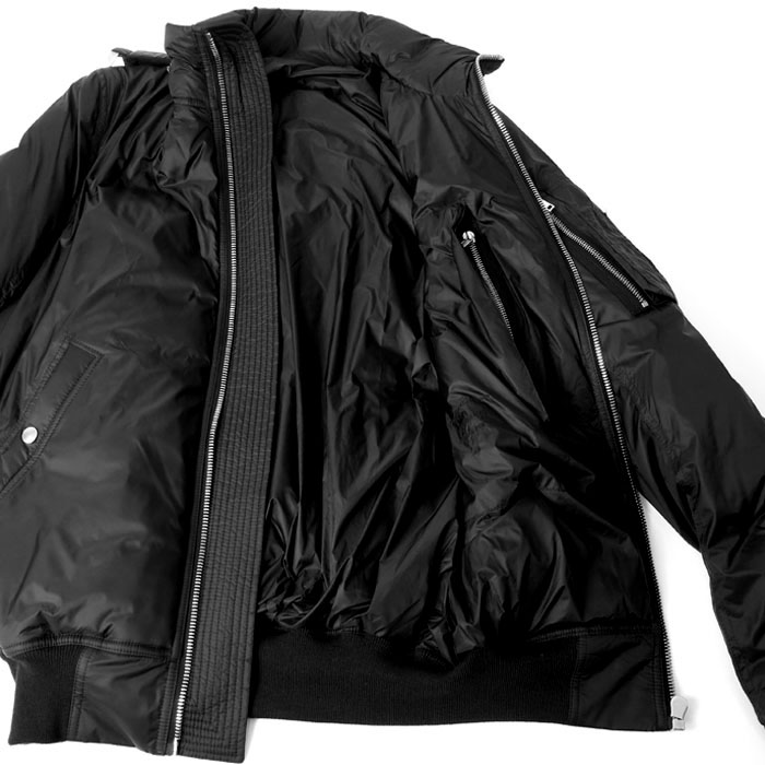 HOODED BOMBER JACKET/BLACK