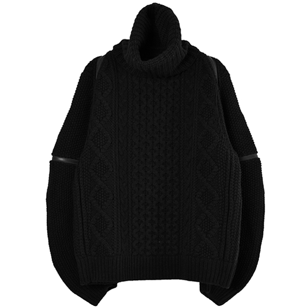 baloon sleeve back zip turtleneck sweater./black