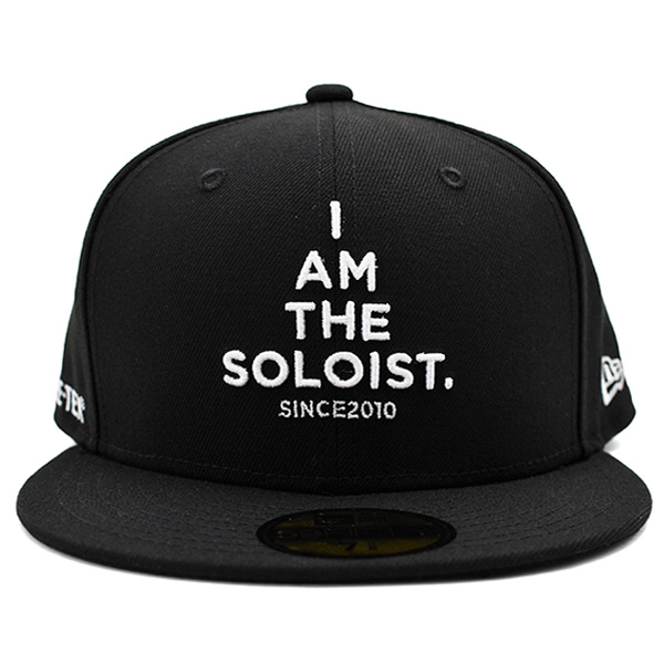 signature baseball cap./black