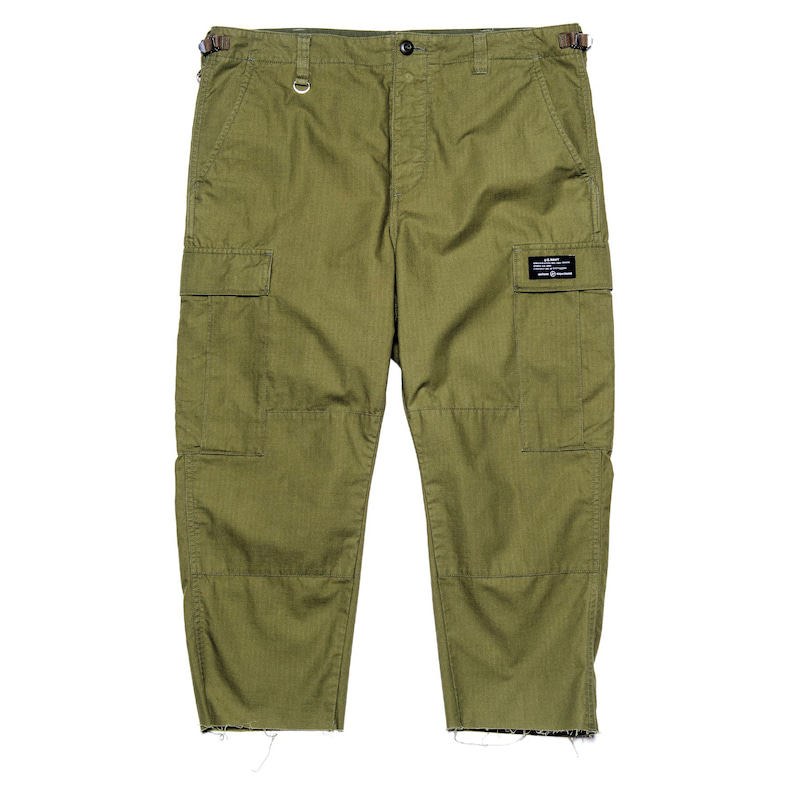 【ポイント30倍】HEM CUT OFF CROPPED CARGO PANTS(UE-200058)