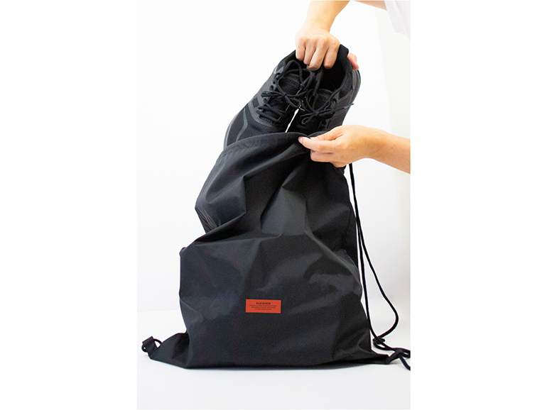 NYLON LETTERED TAG PRINT LAUNDRY BAG【BLACK】FREE