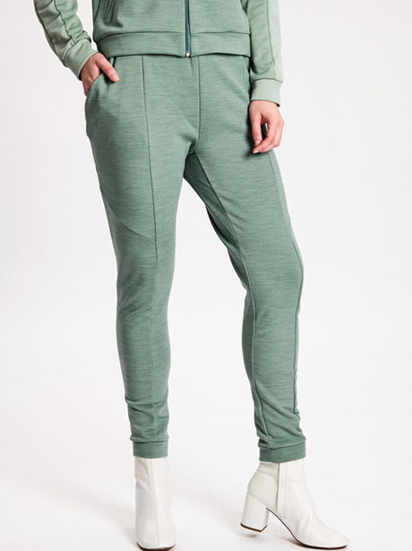 W Sculptured Track Pants