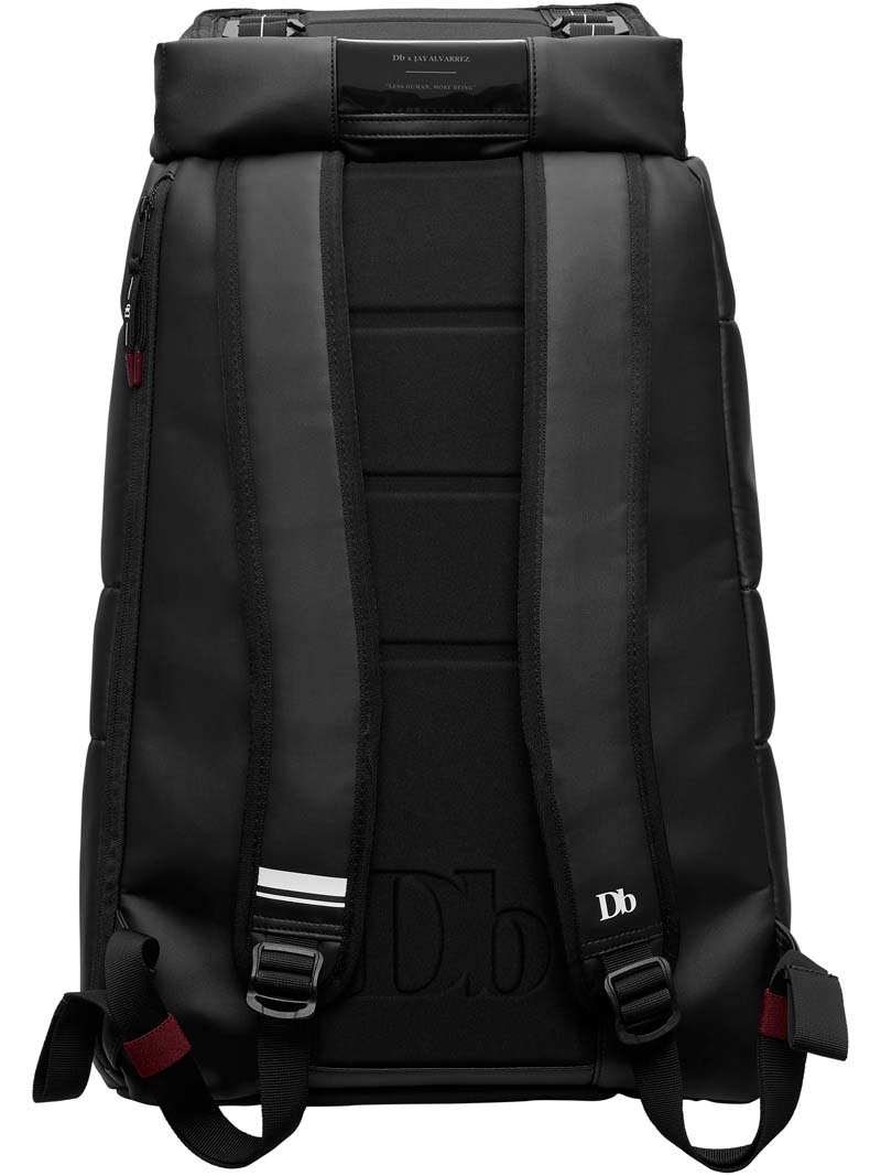 The Hugger 30L × Jay
