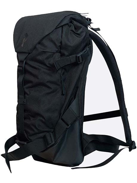 Ski Backpack 20L(050 Black, ONE)
